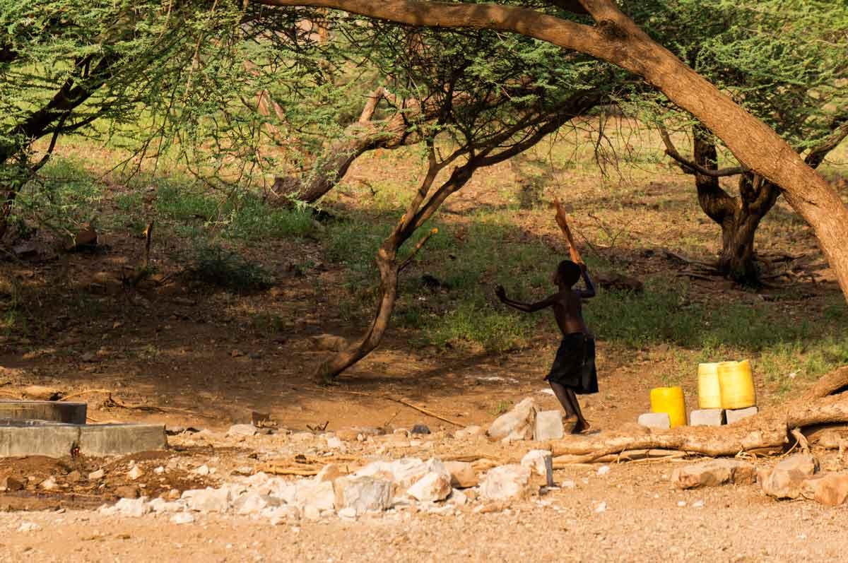 Alegría en Turkana en busca de agua