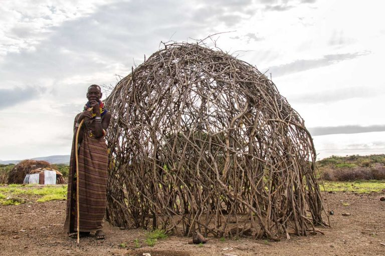 Nómadas en el desierto de Turkana