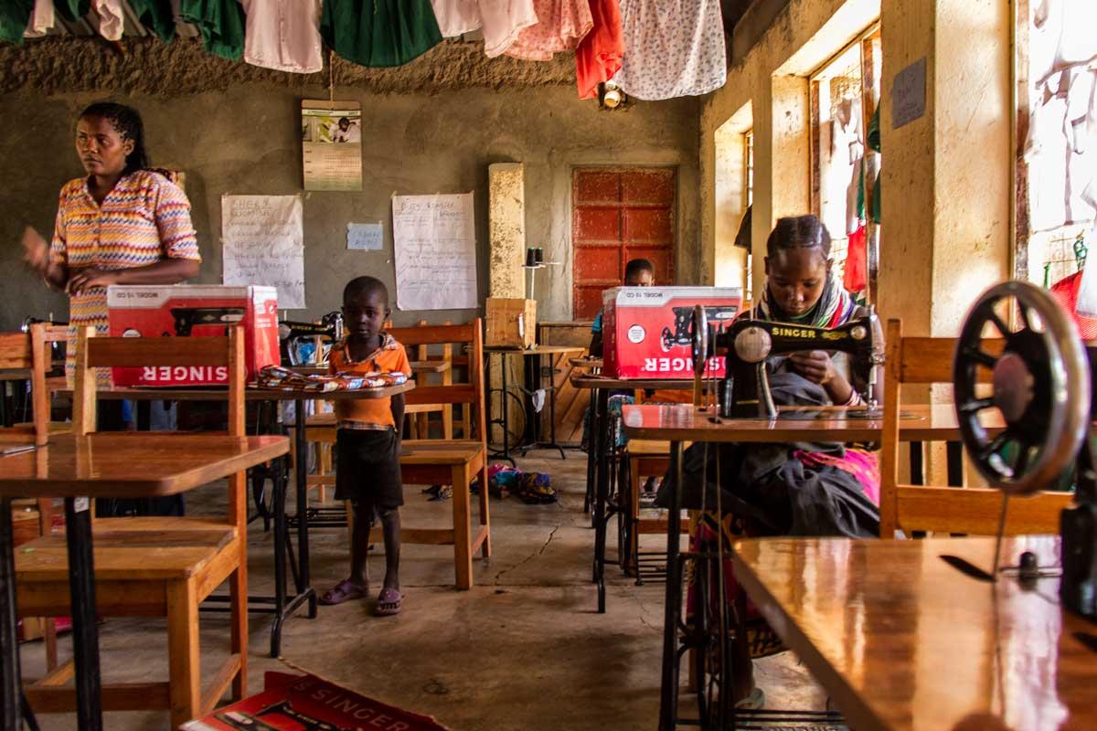 Escuela de Costura Oropoi
