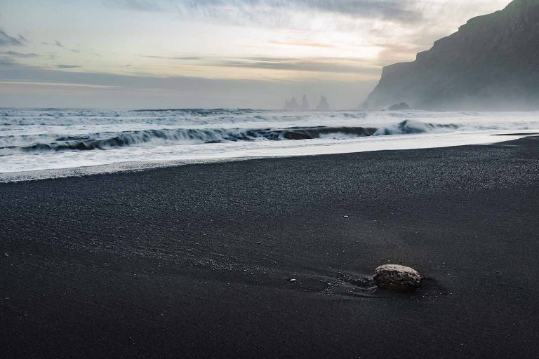 Black Sand Beach Islandia