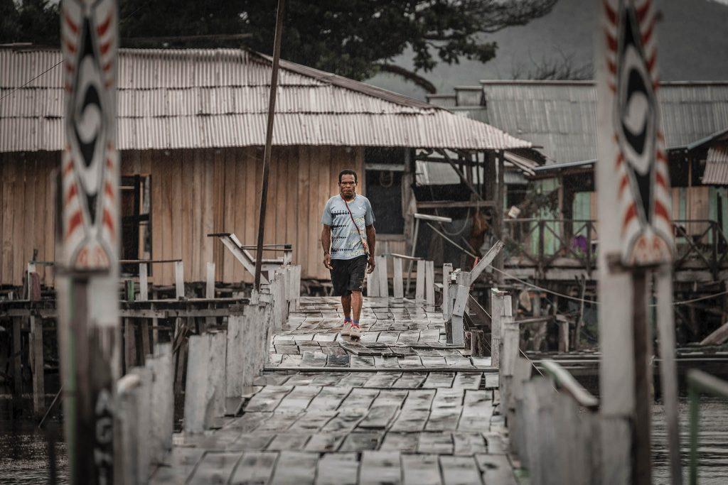 Casas en el Lago Sentani Papua