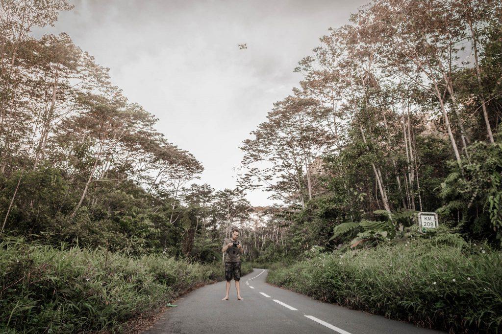 Probando el Dron en Papua