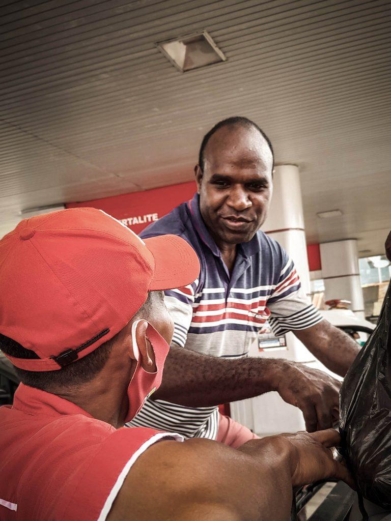 Segui conductor Papua