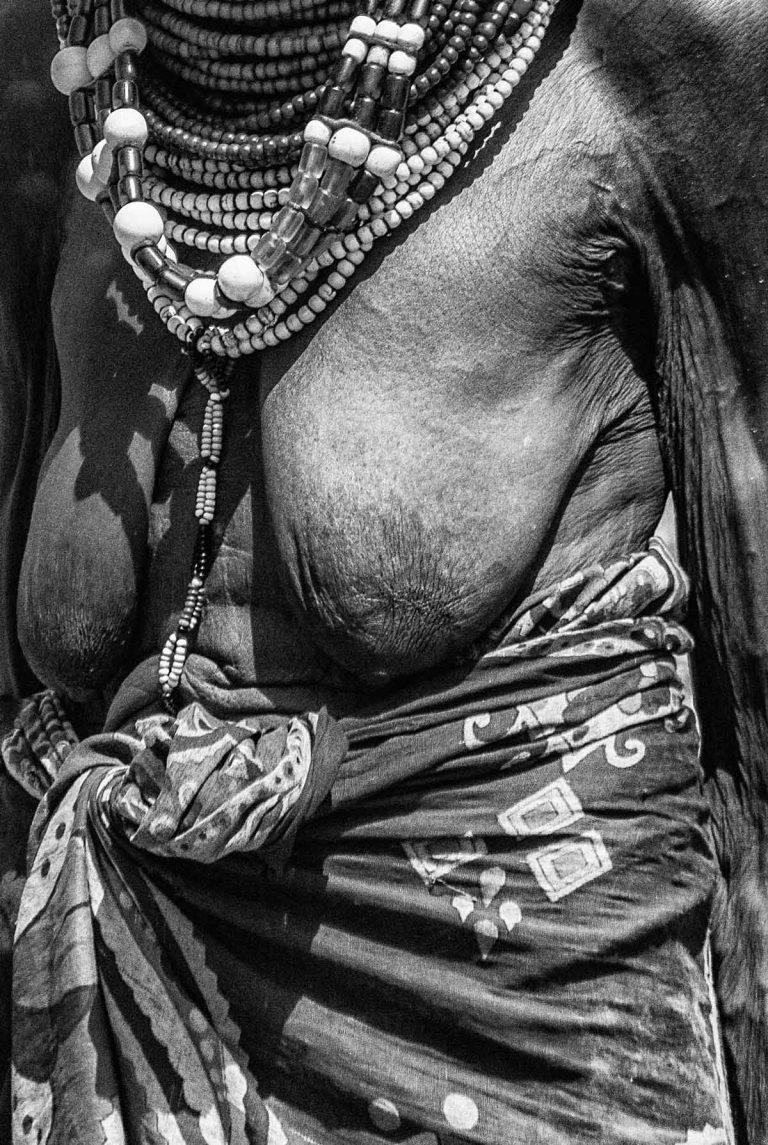 Mujer en Lawarengak