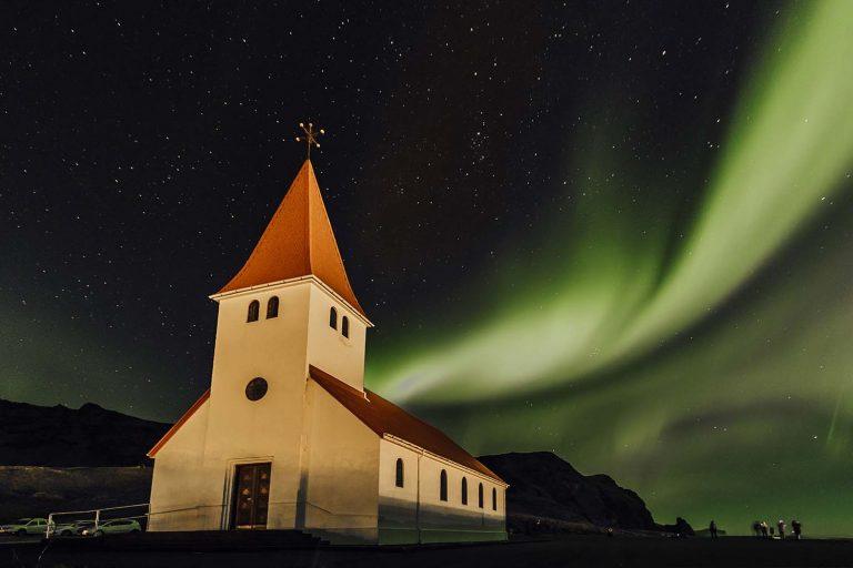 Islandia iglesia en Vik